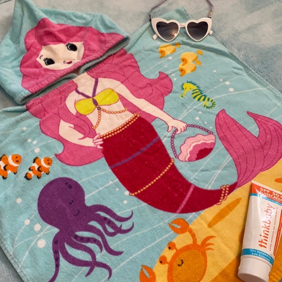 Kids Hooded Towel Mermaid Beach Towel